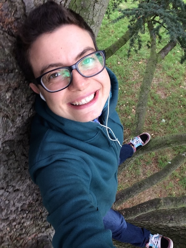 Kaitlyn in a Tree because FUN